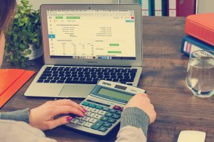 The Duties of a Bookkeeper in a Company